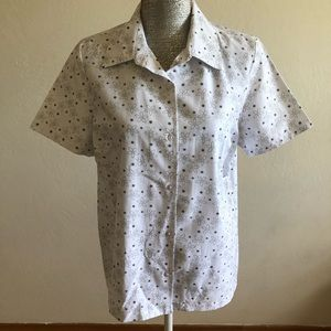 Blair bottoms in front short sleeves blouse